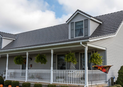 Vermont Slate Cedar Shake Metal Roof on Ranch-style Home